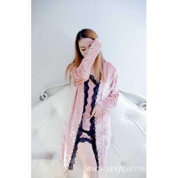 Koren fleece lace short robe and pajama set