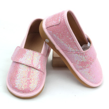 China Professional Supplier for Kids Musical Shoes Kids Fancy Pink Colors Toddler Glitter Squeaky Shoes supply to Italy Manufacturers