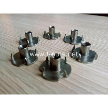 No.10-24 UNC Plain Full thread Four prongs t-nuts