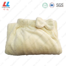 Massaging bath towel body dry use