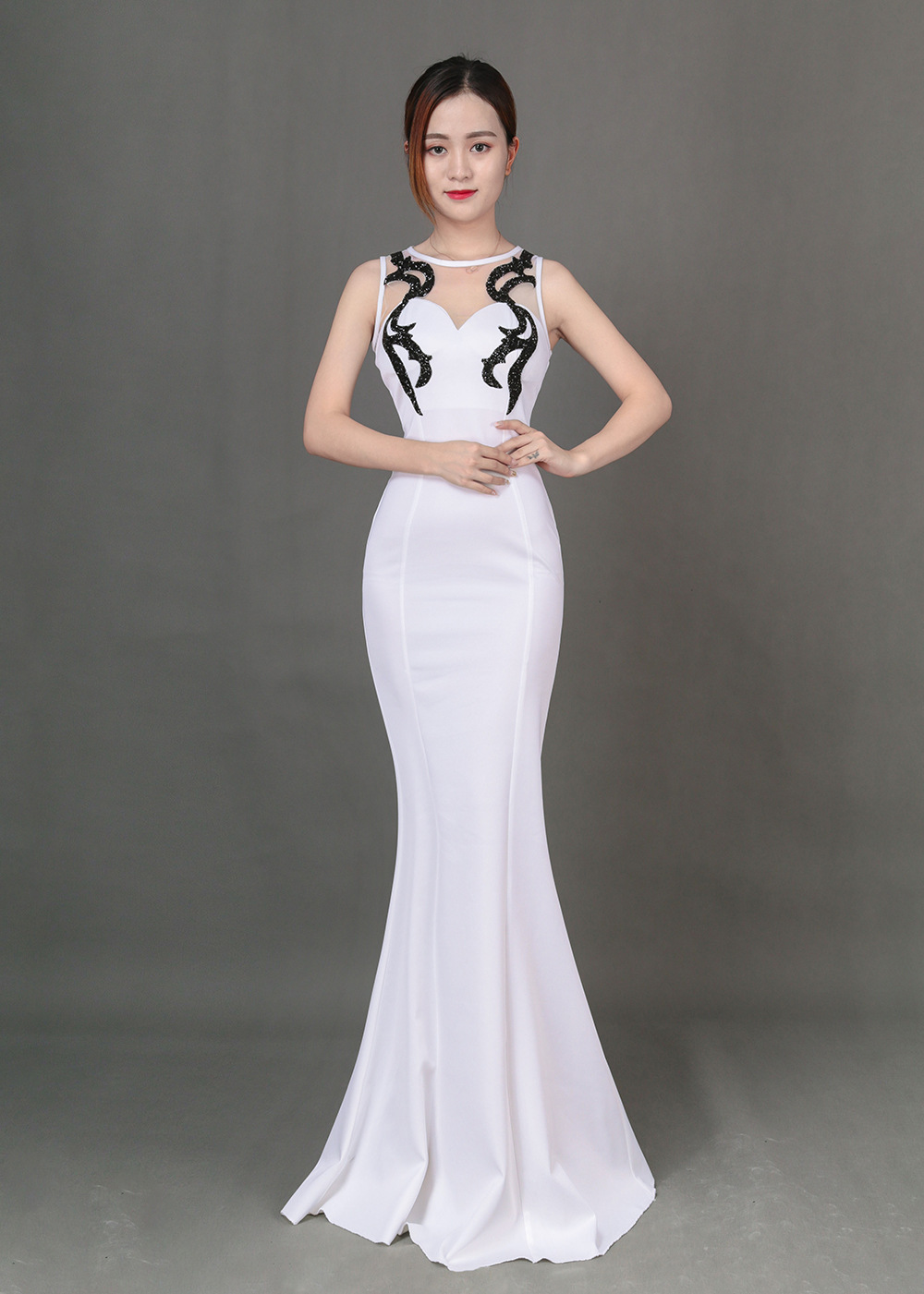 Sexy Slim host annual car model nightclubs banquet was thin fashion fishtail evening wear