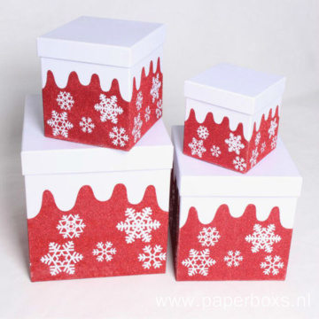Christmas Gift Packaging Box With Simple Snowflak Design