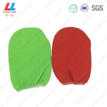 Exfoliating cloth gloves bath item