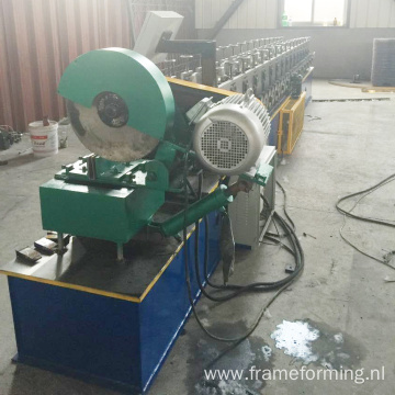 Rolling shutter side channel making machine