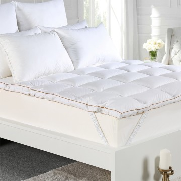 Cotton Cover Microfiber Filling Quilted Mattress Topper