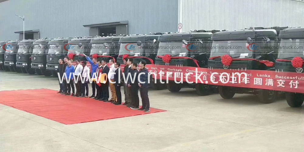 100units compactor garbage truck exporting to Sri Lanka 1