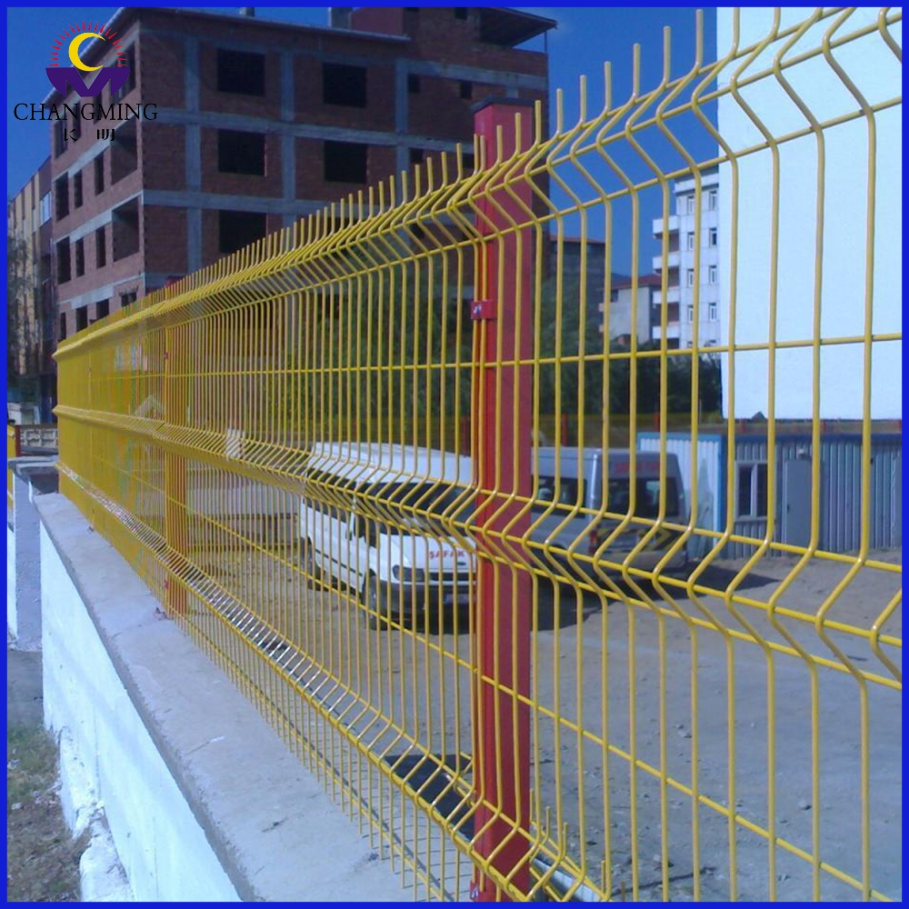 Coating Angle Bent Fence