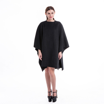 Black loose cashmere overcoat