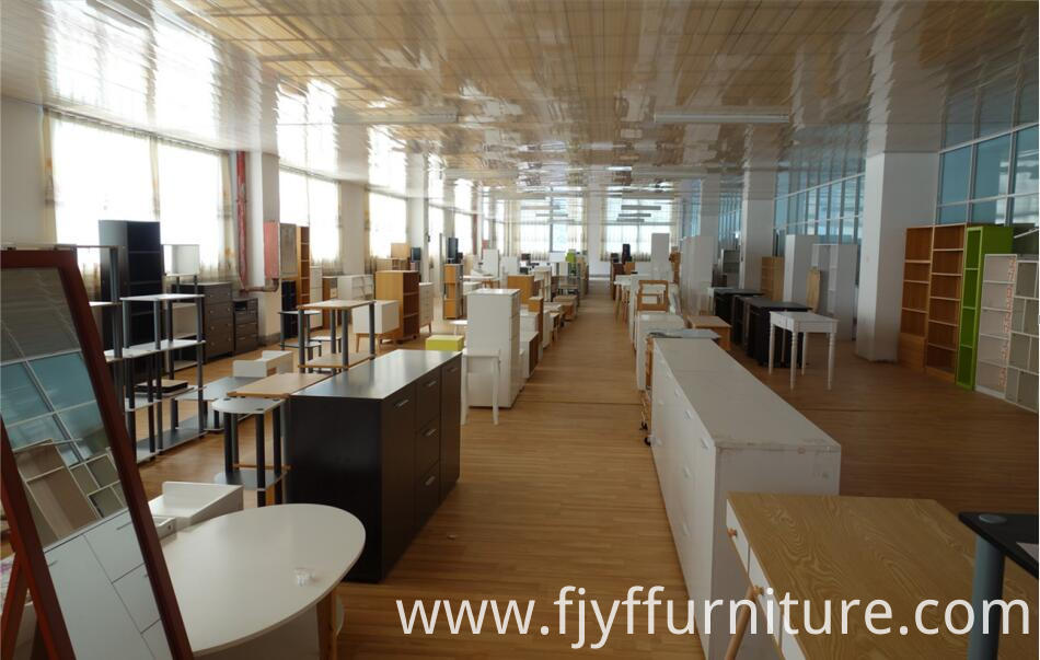 Office Desk Furniture Showroom
