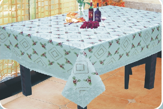 Eva Table Cloth With 3 Lace