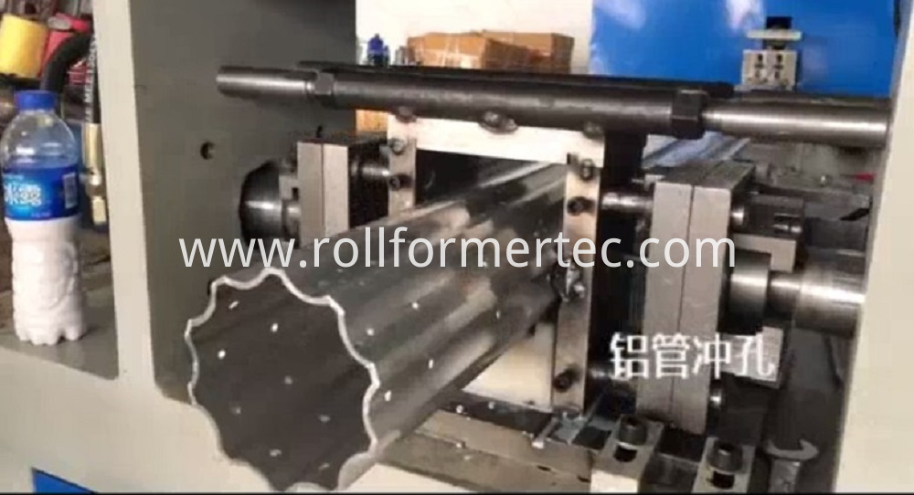 round tube punching machine