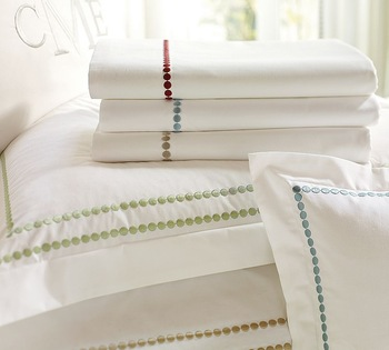 Cotton-pearl embroidered pillowcase