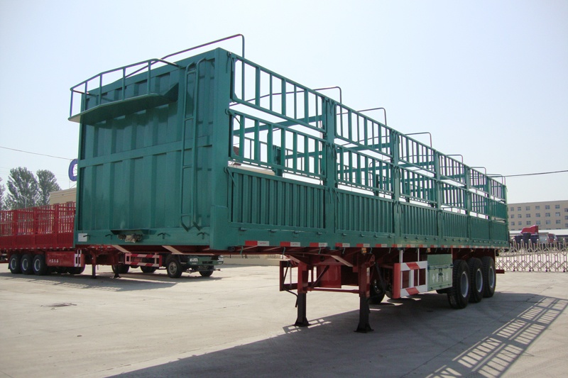 40 T Stake Cargo Trailer With Fence And 3 Axles Flat Bed Trailer Transport