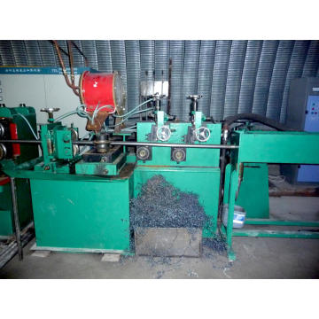 Cantilever style carbon steel pipe making machine
