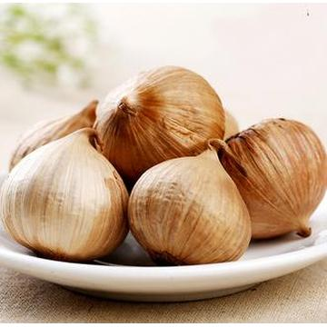 High nutritional value of pearl black garlic