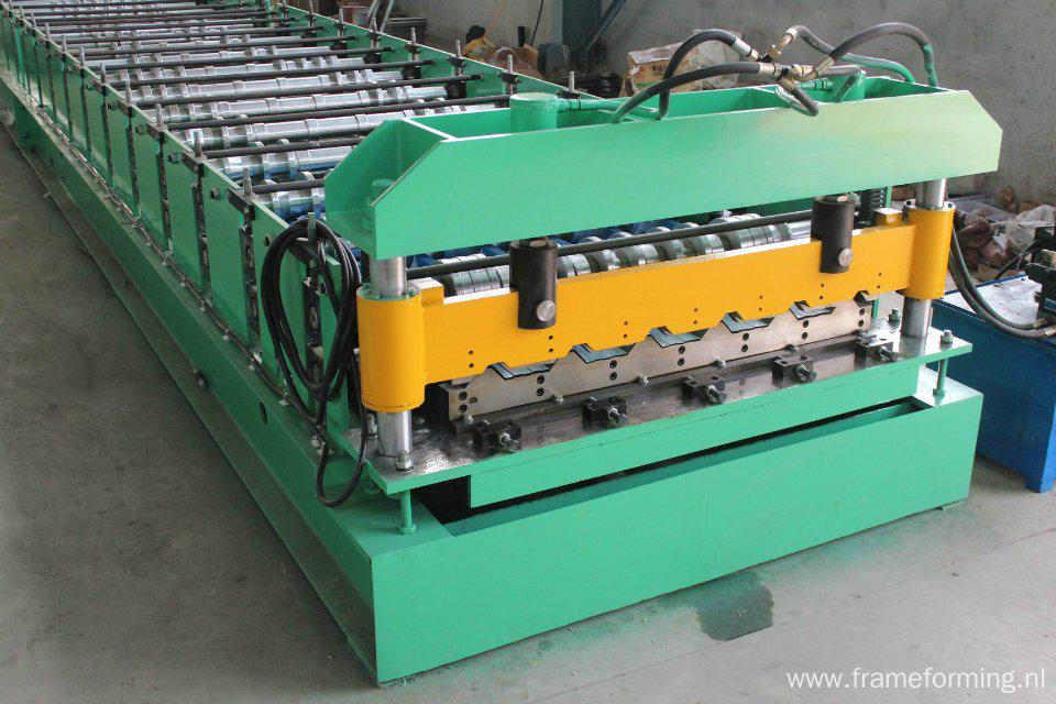 Trapezoidal Metal Sheet Forming Machine ZT25-200-1000
