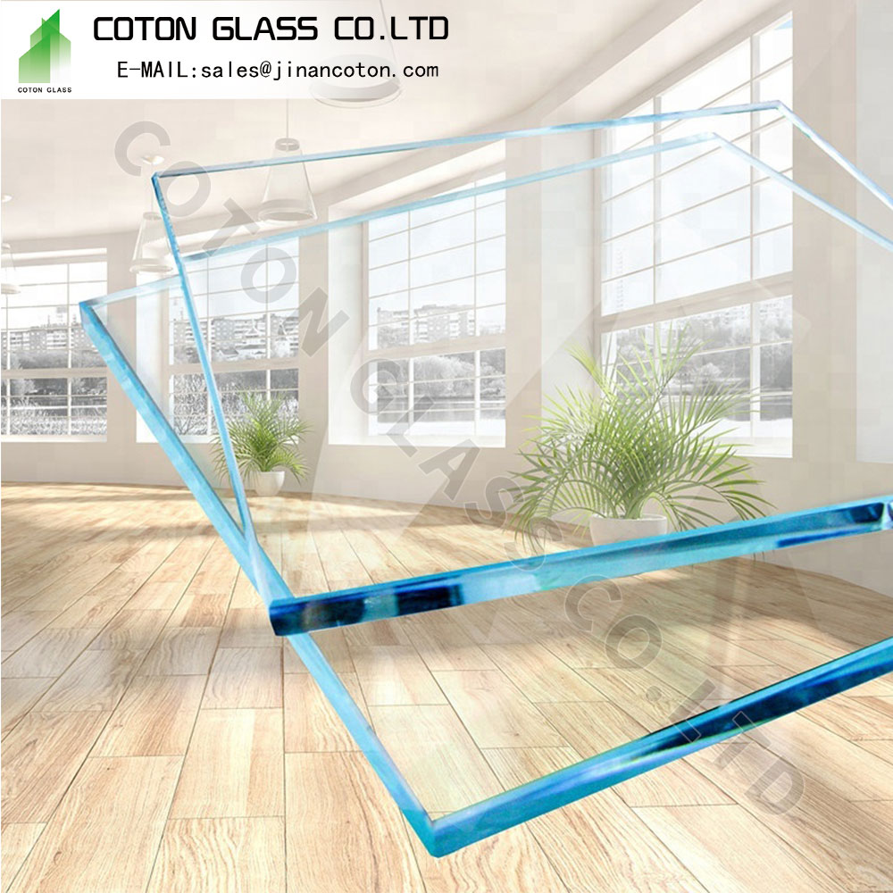 Glass Shelf Wall