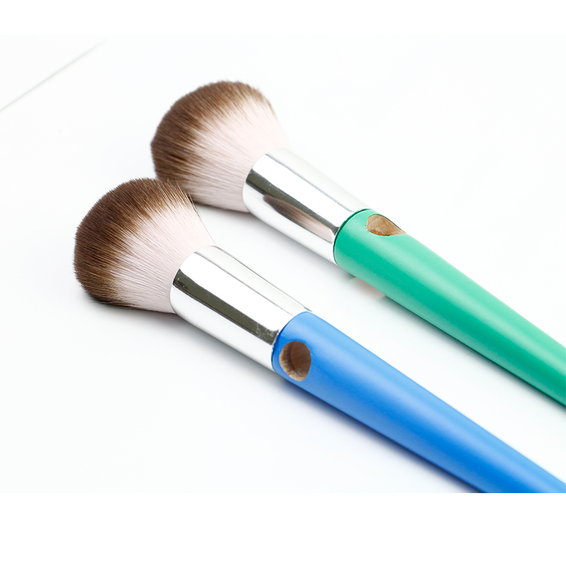 Single Makeup Brush with High Quality