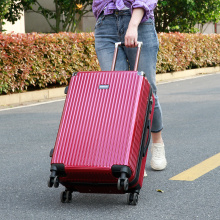 Factory wholesale luggage purely pc red luggage set