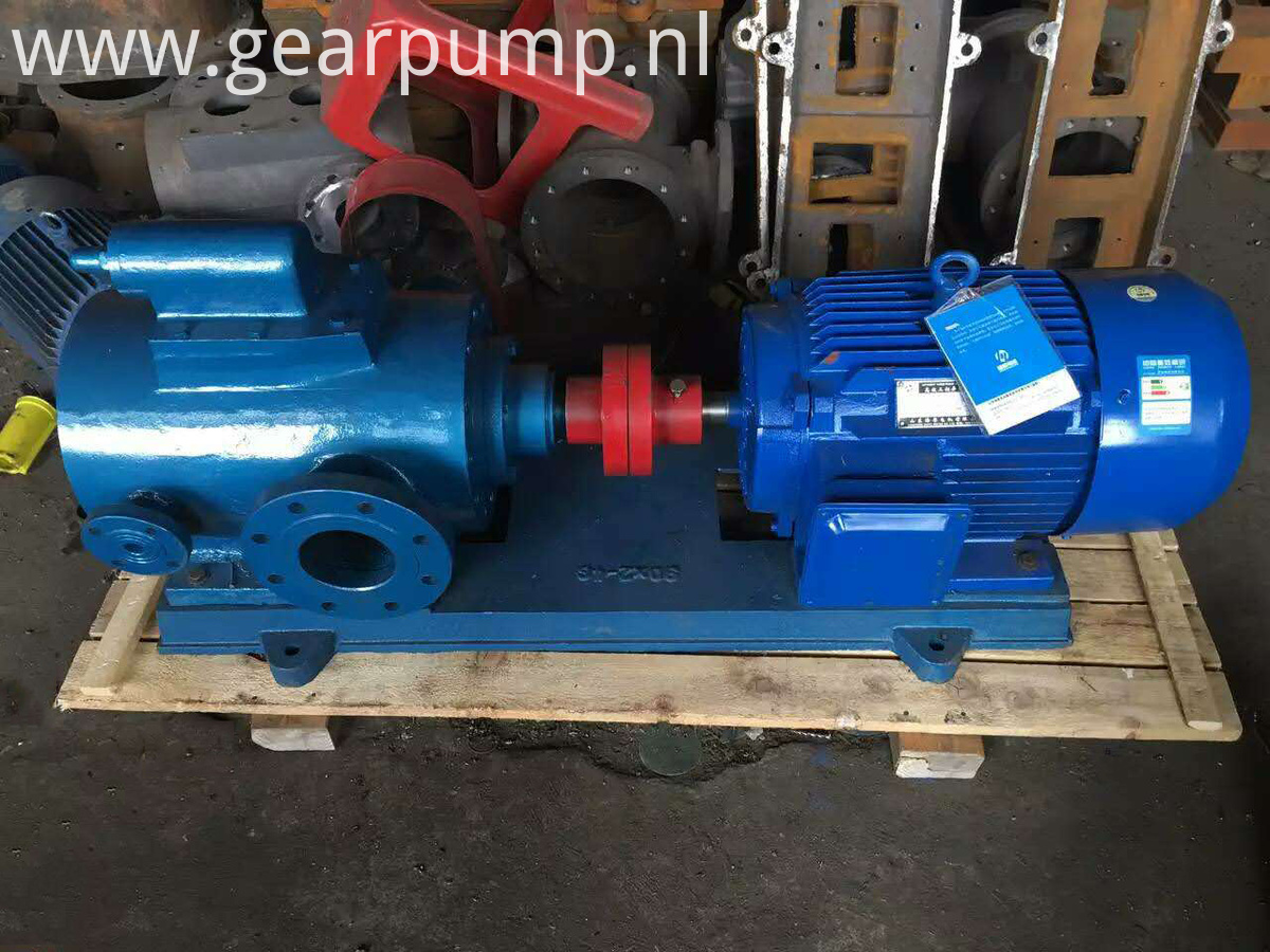 insulation jacket bitumen pump