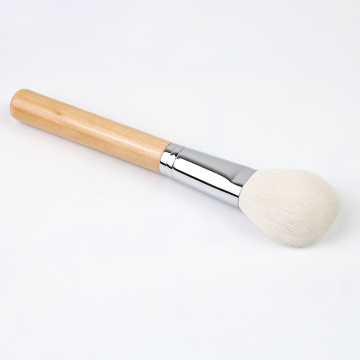 Powder Brush with Wooden Handle and Synthetic Hair