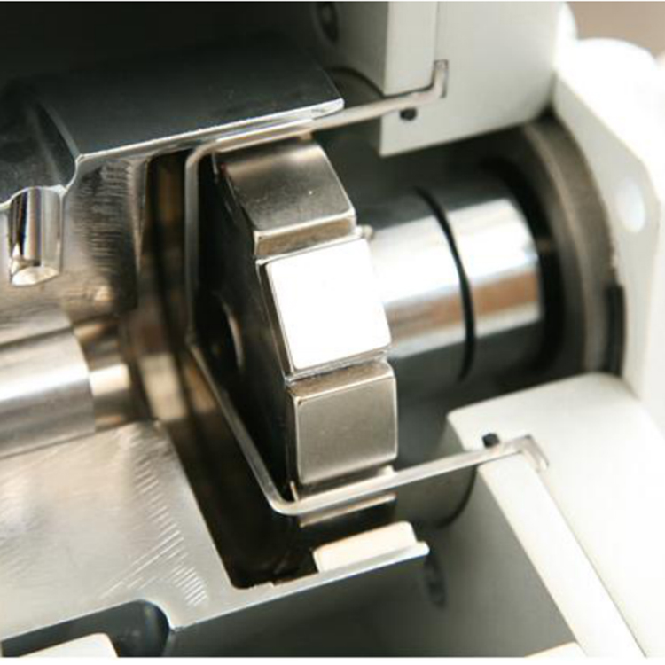 Magnetic Coupling 057