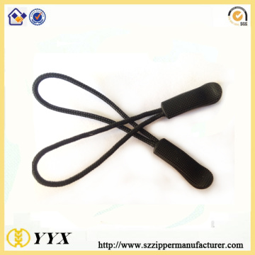 Black Paracord Mesh Texture Rubber Puller