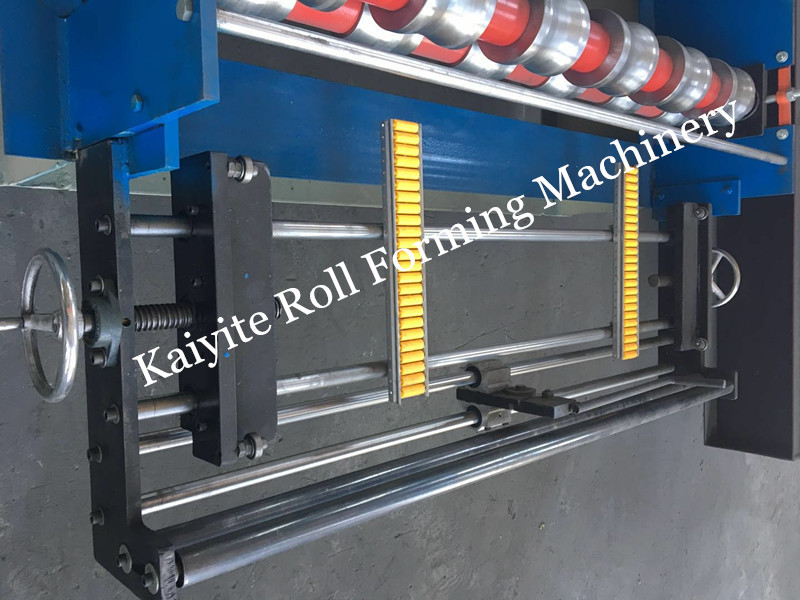 feeding table of roofing sheet machinee