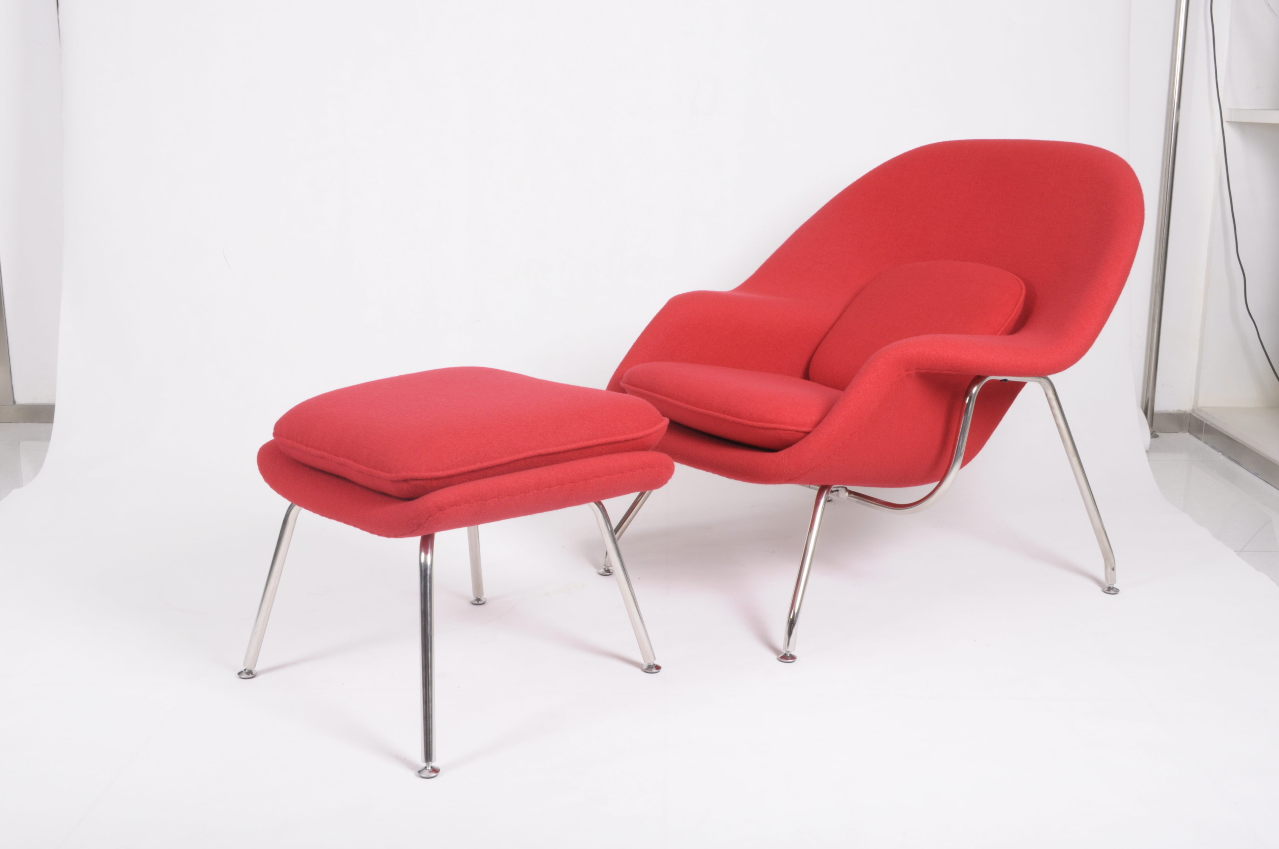 womb chair replica