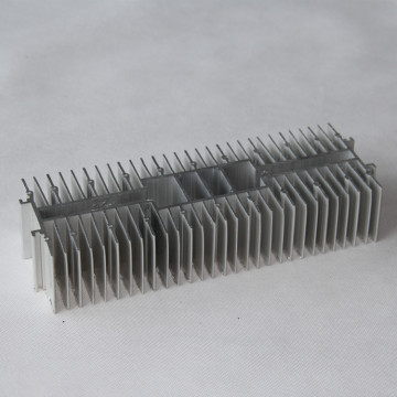 Aluminium extrusion Heat Sink e nang le CNC Machining