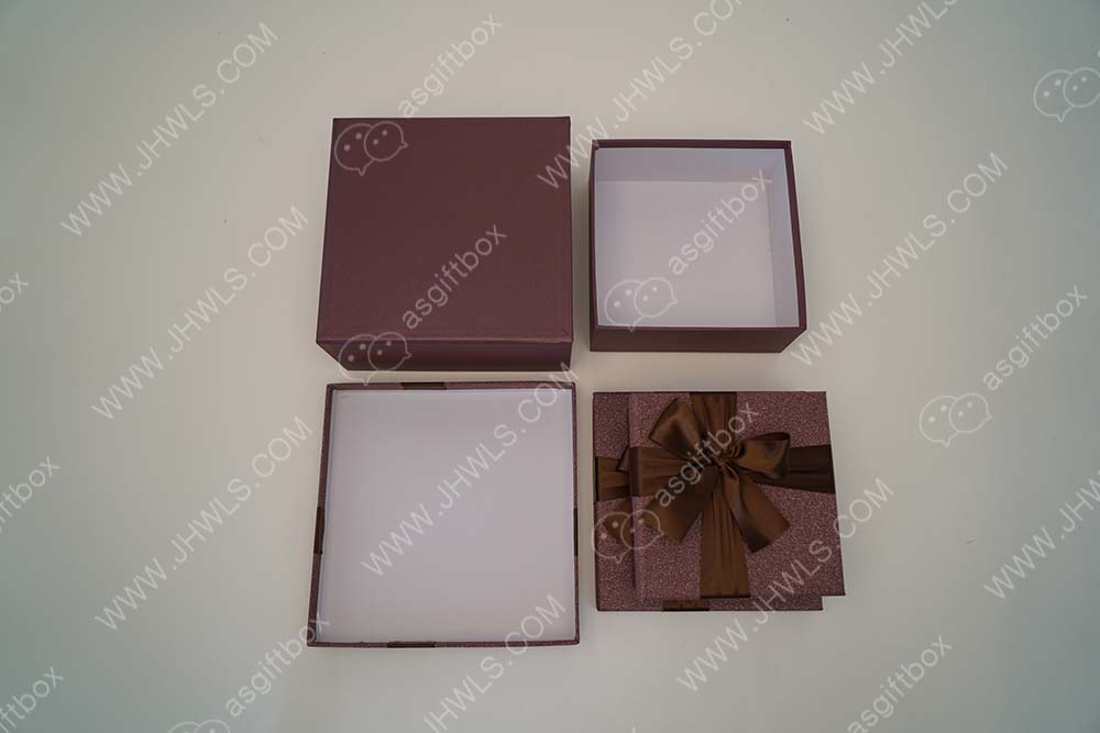 Butterfly-knot Cosmetic Box
