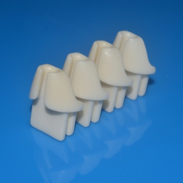 High alumina ceramic bobbin