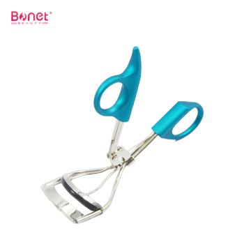Plastic handle eyelash curler with TPE pad