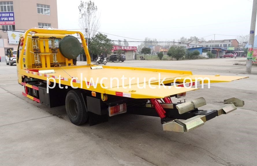 Accident Recovery trucks 2