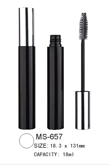 empty round mascara packaging