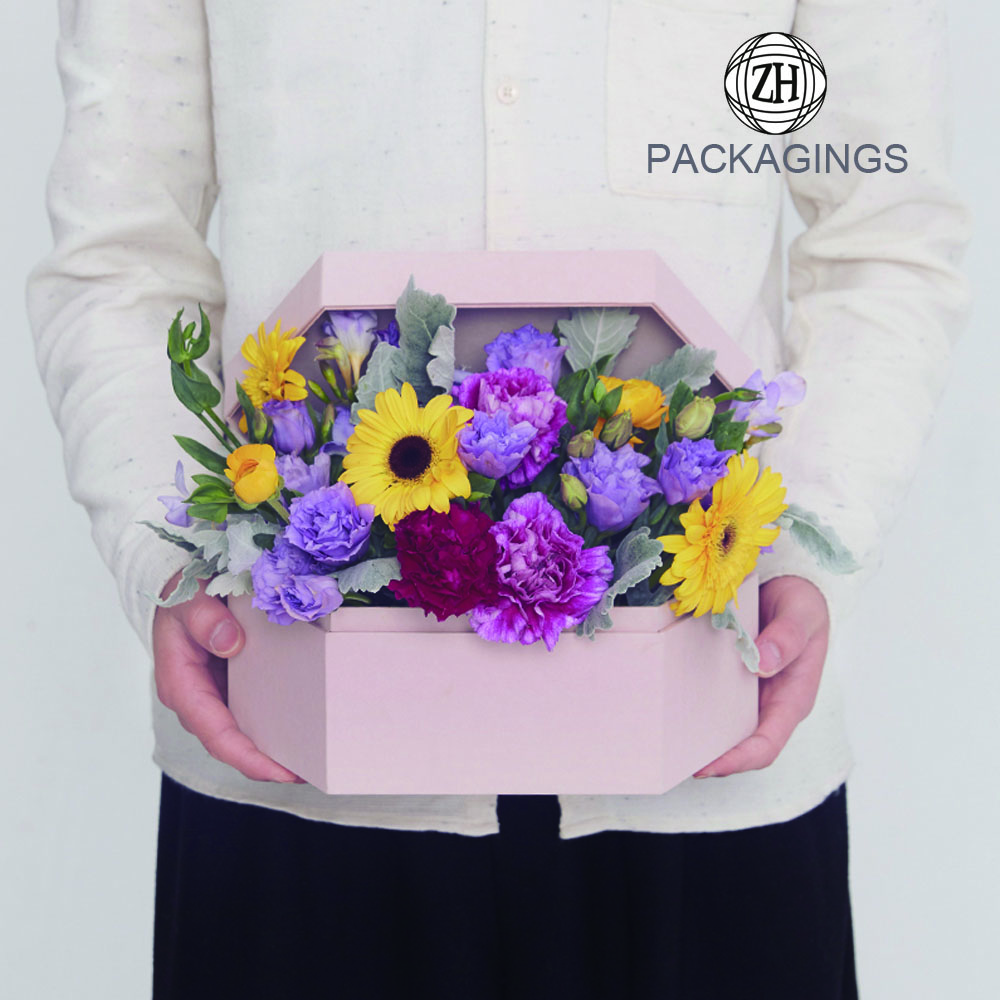 Custom handmade gift flower box packaging