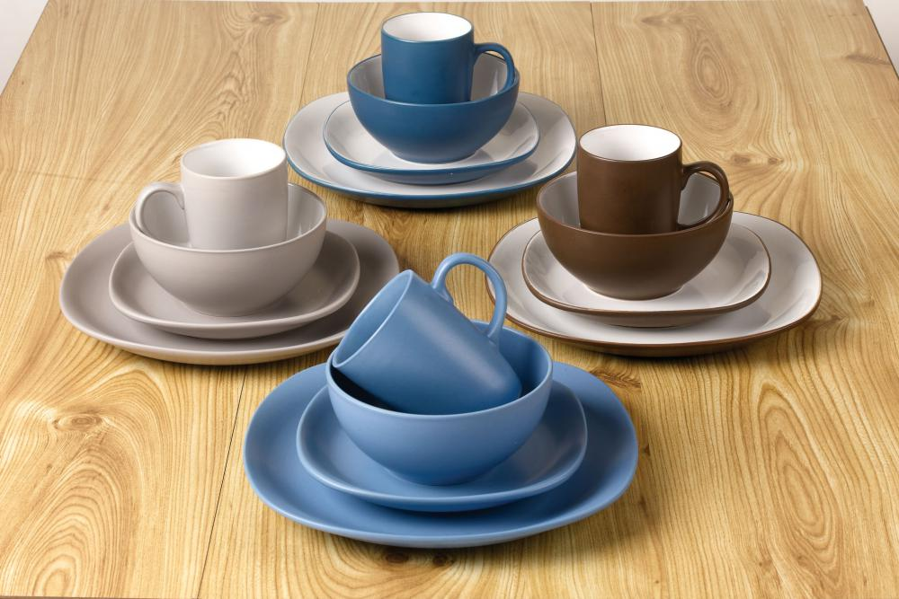 Promotional wholesales square color dinner set