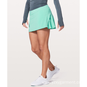 Fit green white tennis skirt