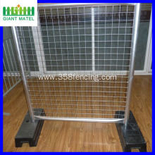 retractable temporary fence panles