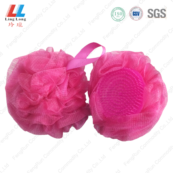 Charming mesh sponge with brush