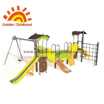 Playground climbing rings rope