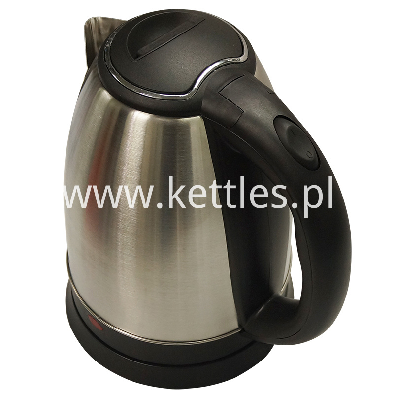 Stainless steel kettle with infuser