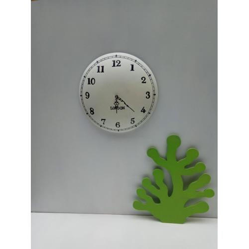 White Round Stereo Feeling Wooden Clock