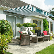 Manual free standing retractable awnings