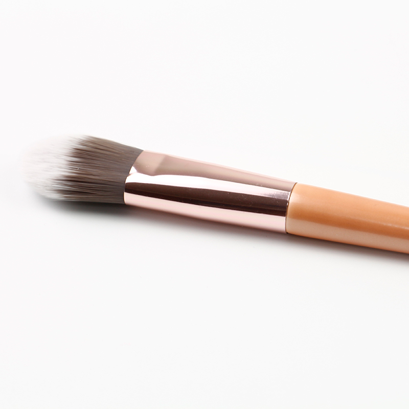 Beautiful color makeup brush for laday