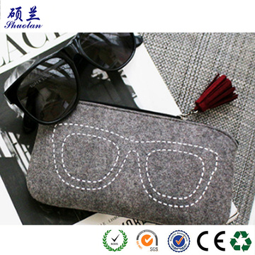 Hot selling customized design felt glasses bag
