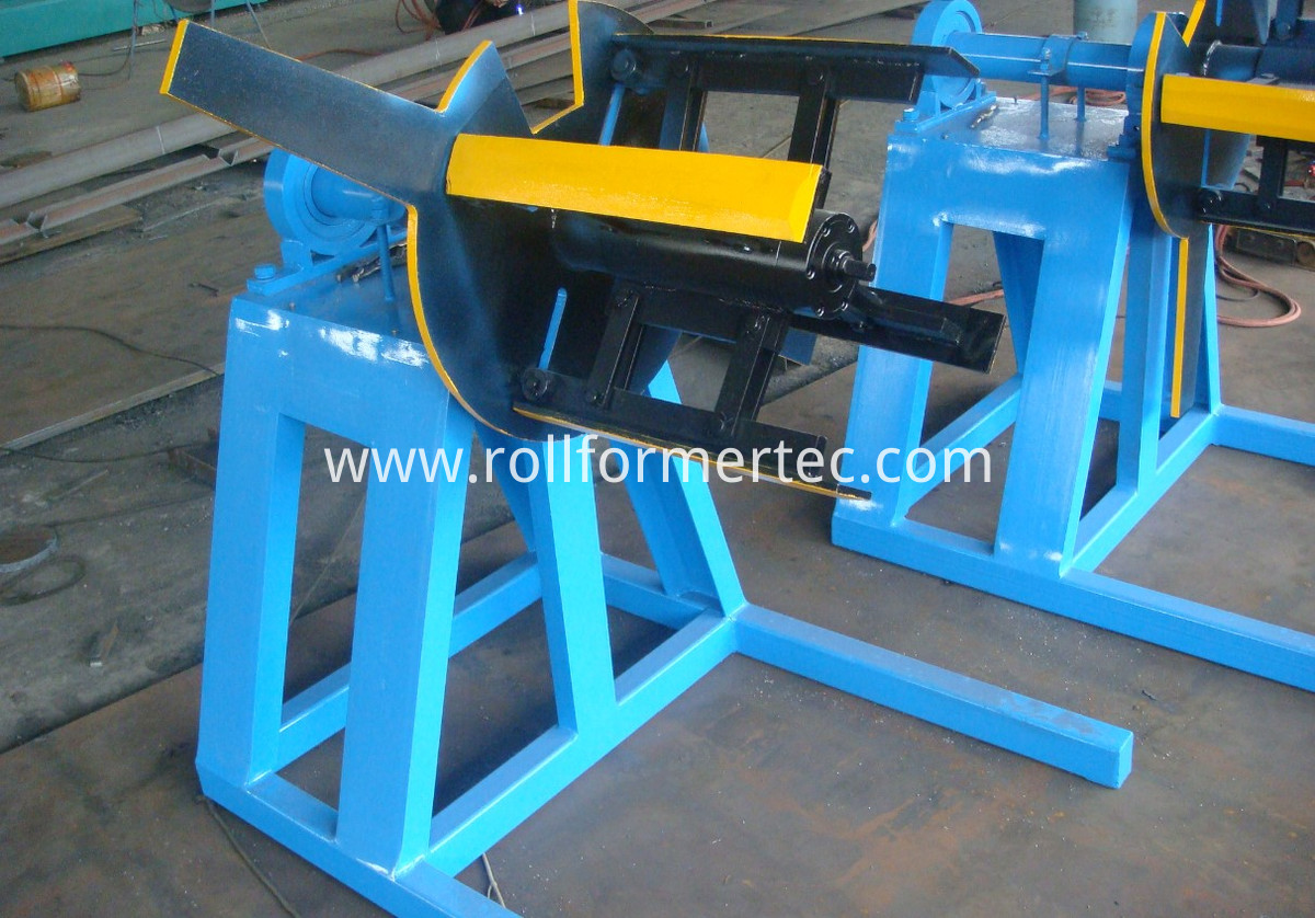 C purlin roll forming machine (7)