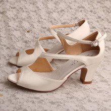 Block Heel Shoes Women for Summer Off white Satin