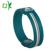 High Efficiency Factory for Custom Mens Bracelet High Quality Personalized Custom Embossed Silicone Bracelets export to India Suppliers
