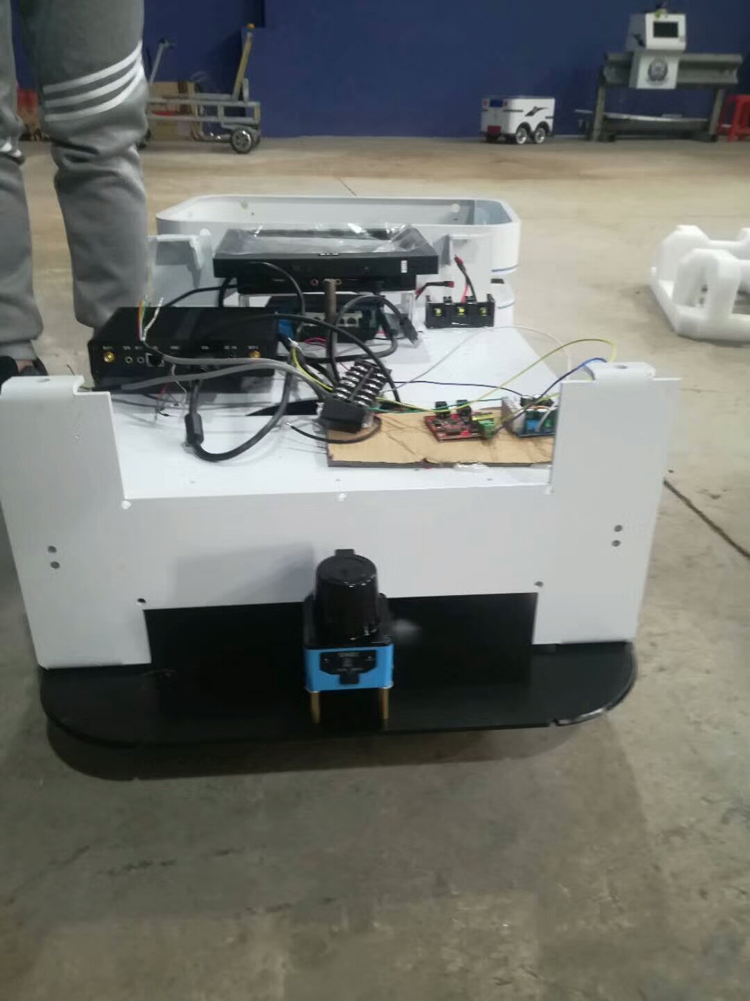 SDKELI laser radar application for AGV